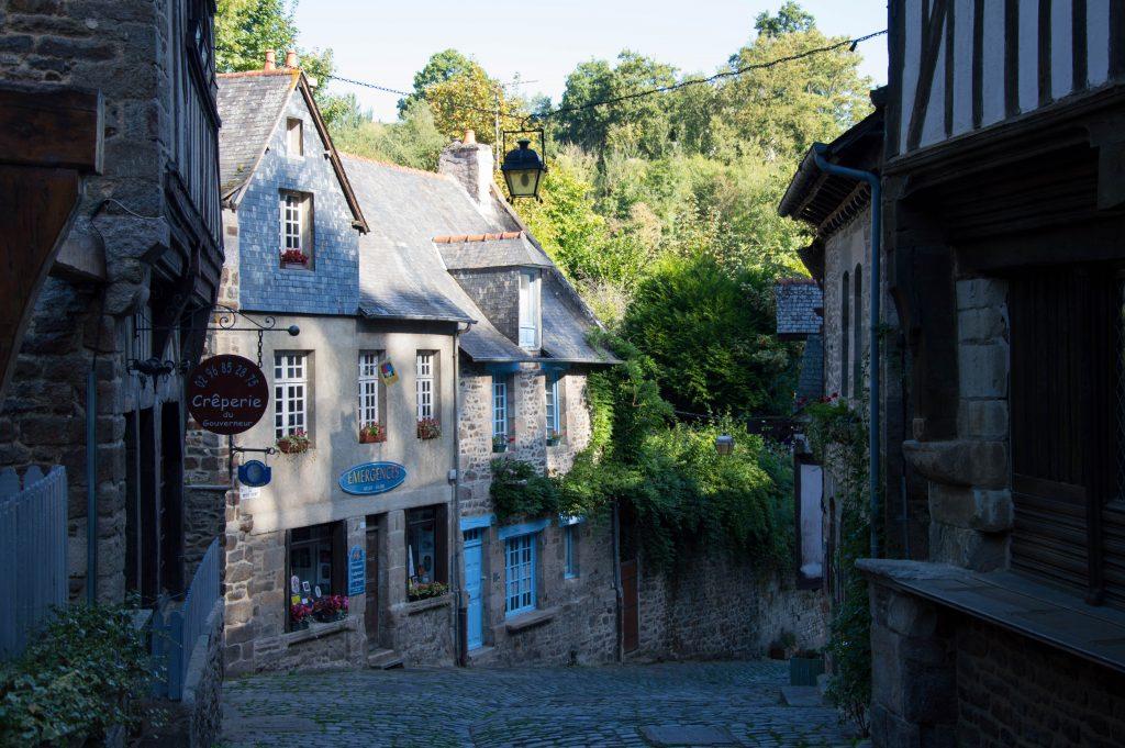 dinan bretagna il paese delle fiabe nel nord della francia