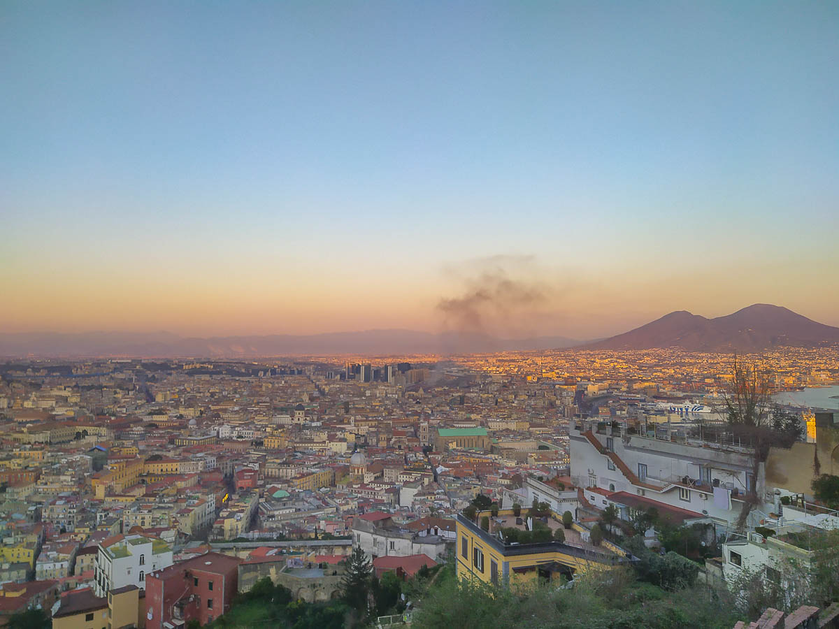 Napoli vista da San Martino