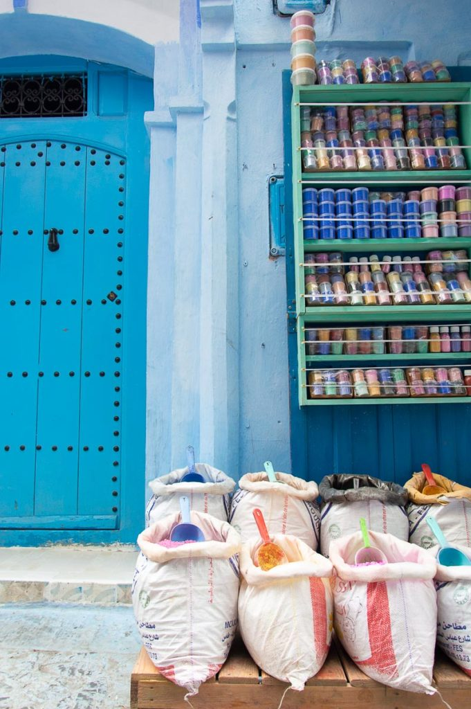 Polveri colorate Chefchaouen
