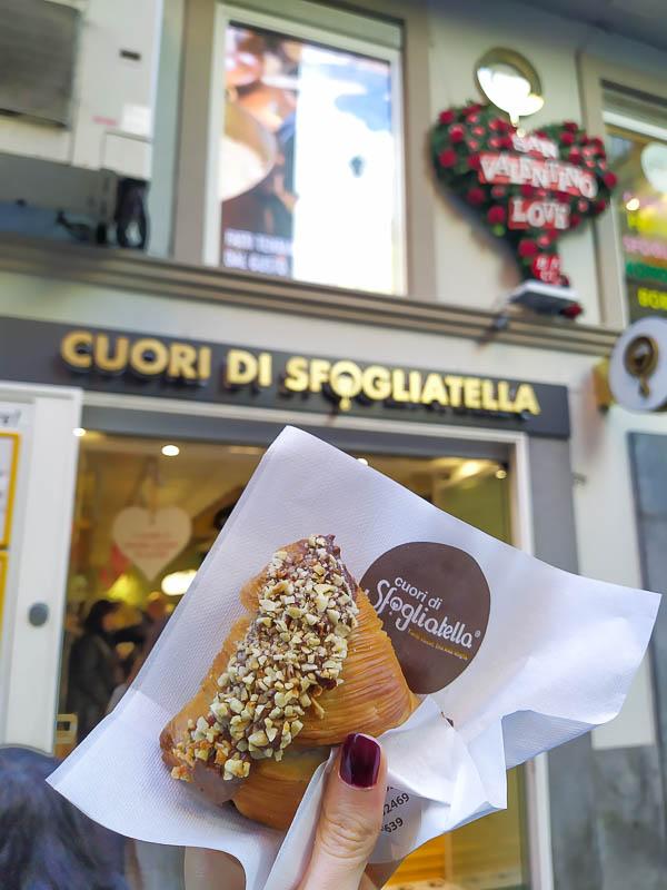 Cuori di sfogliatelle a Napoli