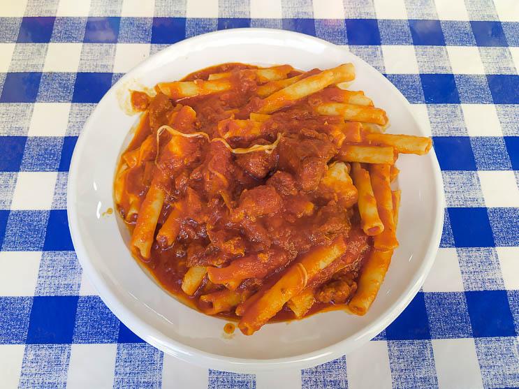Dove mangiare a Napoli: Ziti al ragù di Tandem