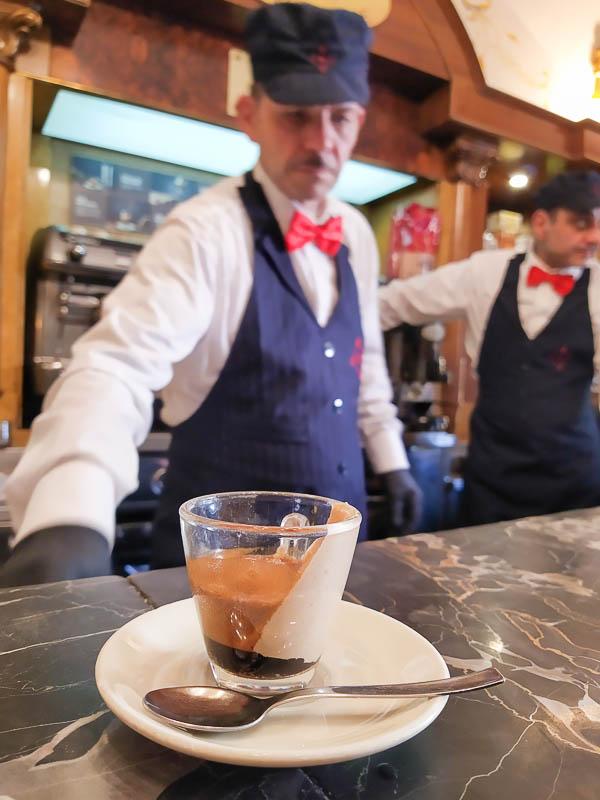 Il vero caffè del professore a Napoli