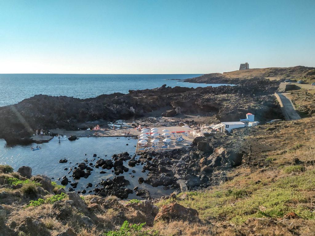 Spiaggia del Faro ad Ustica
